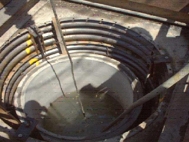 ⑧間隙にベースロック注入 完全止水